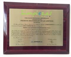 Placa Premio a la Actividad Investigadora por Quick Clean