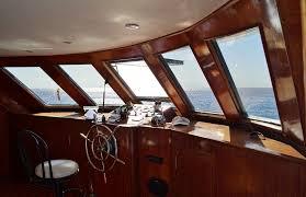 Empresa de limpieza de barcos - Interior embarcacion