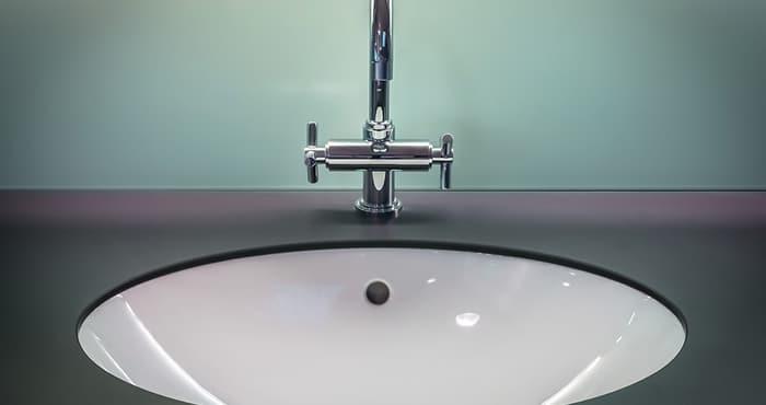 Limpieza de baños en negocios