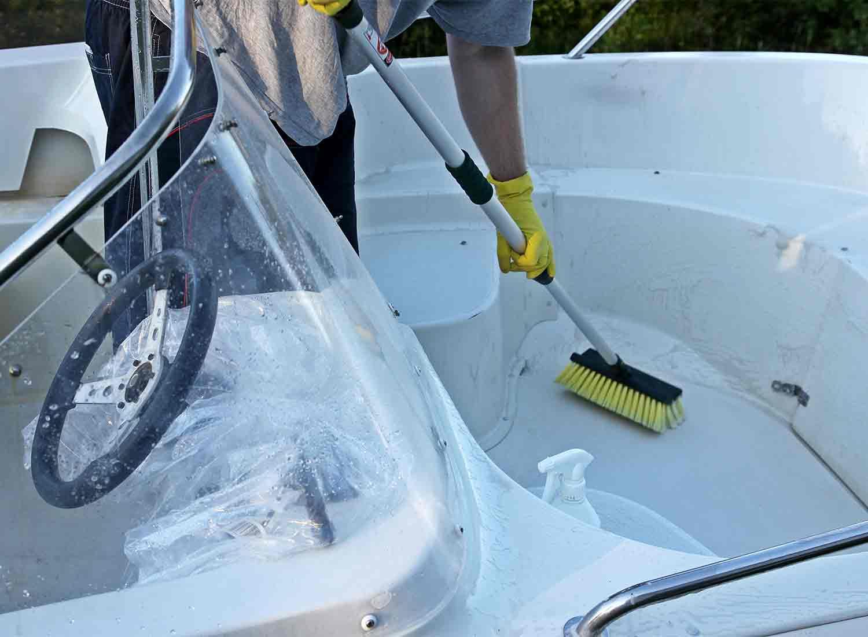 Limpieza de barcos 6